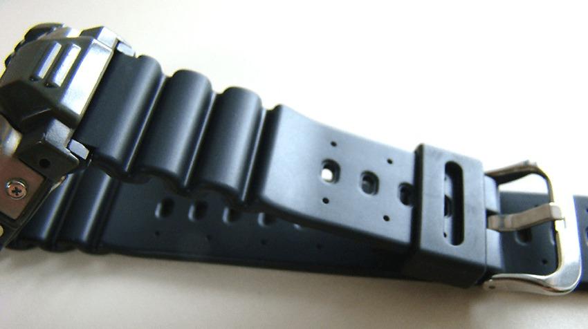 CASIO DW-6400 ガンダムモデルのベルト画像
