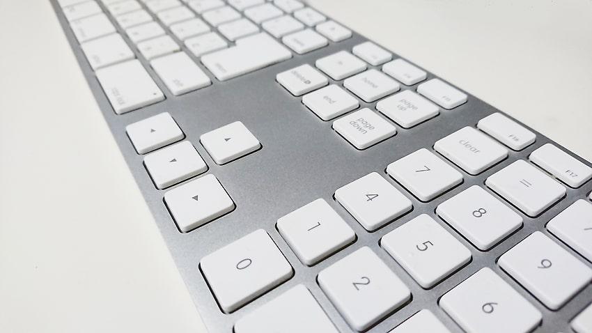 Macキーボードの接触不良にはエアダスター2