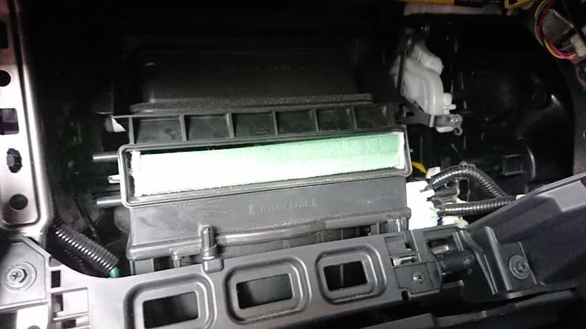 ホンダ FITハイブリッド GP5エアフィルター16