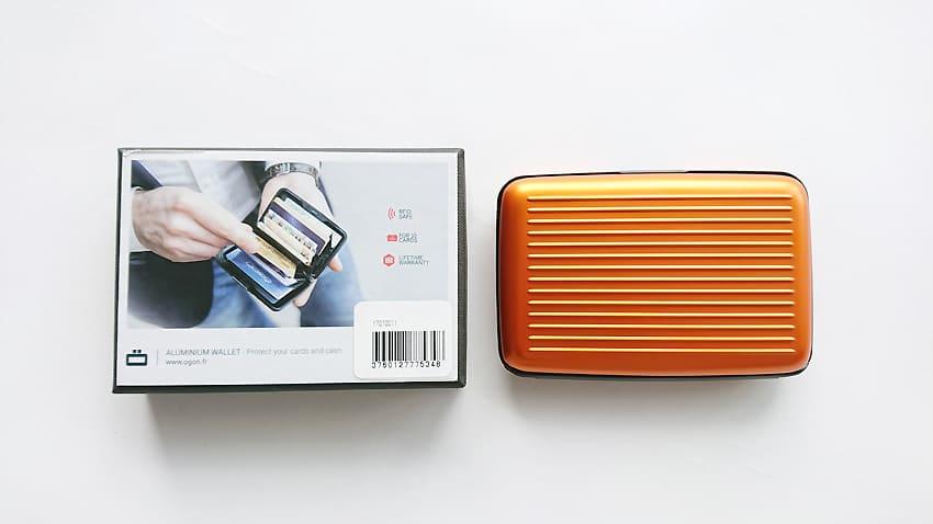 OGON(オゴン)カードケース14
