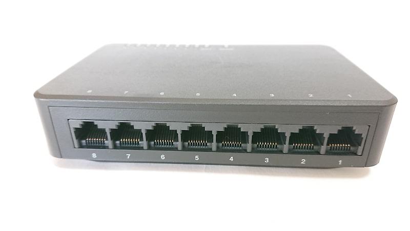 elecomハブEHC-G08PA2-JB_ポート