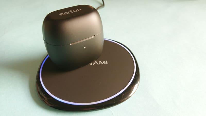 NANAMIワイヤレス急速充電器の使用感