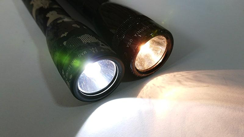 マグライトをLEDにカスタムの光の色1